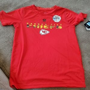 Kansas city chiefs boys large shirt